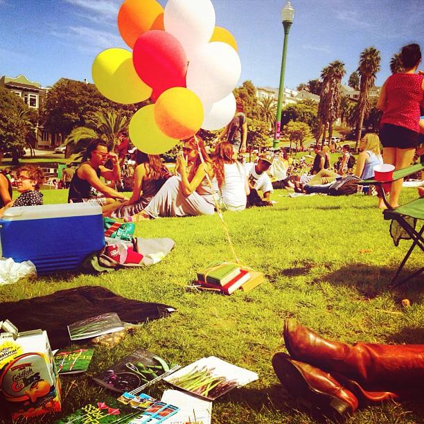 Dolores Park Balloons