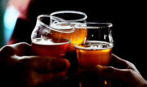Drinking-alcohol-can-alter-your-personality-591155